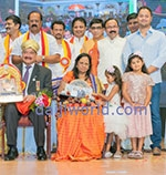 Dr. B. R. Shetty honoured with the title of 'Karnataka Ratna'