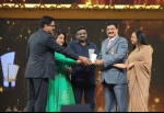 "Dr. B.R Shetty bags the Award for ""South Indian Business Achiever in Middle East"""